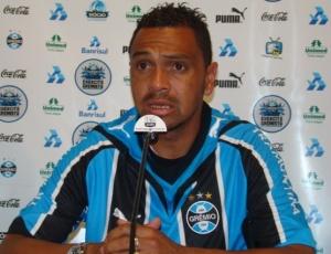 Leandro sofreu lesão na estreia contra o Pelotas