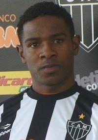 O zagueiro Jairo Campos (f) atuou ao lado do meia Méndez na LDU