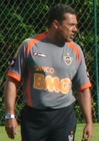 Luxa cogita usar Obina, Muriqui e Diego Tardelli no ataque alvinegro