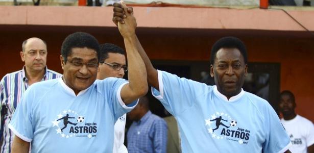 Pelé e Eusébio participam de Jogo das Estrelas, em 2010, na África