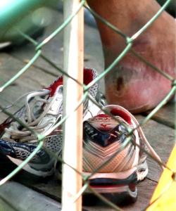 Bolha no pé de Adriano após o treino realizado nesta quarta-feira