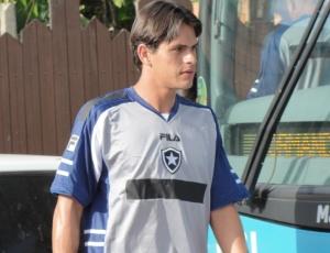 Volante Fahel espera que o Botafogo alcance voos mais altos na disputa do Campeonato Brasileiro