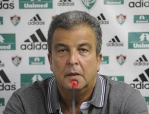 Vice-presidente de futebol do Flu, Alcides Antunes, disse que o negócio será fechado até 3ª