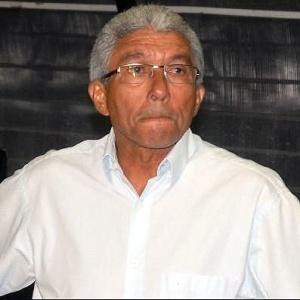 Givanildo Oliveira não resistiu a derrota para o Icasa, na Ilha do Retiro, e foi demitido do cargo