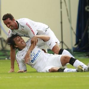 Contrário ao retorno para o Le Mans, Paulo André negocia contrato em definitivo com o Corinthians