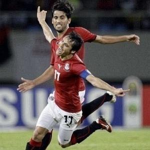 Em seu 170º jogo pelo Egito, Ahmed Hassan foi<br>o destaque na vitória contra Camarões por 3 a 1