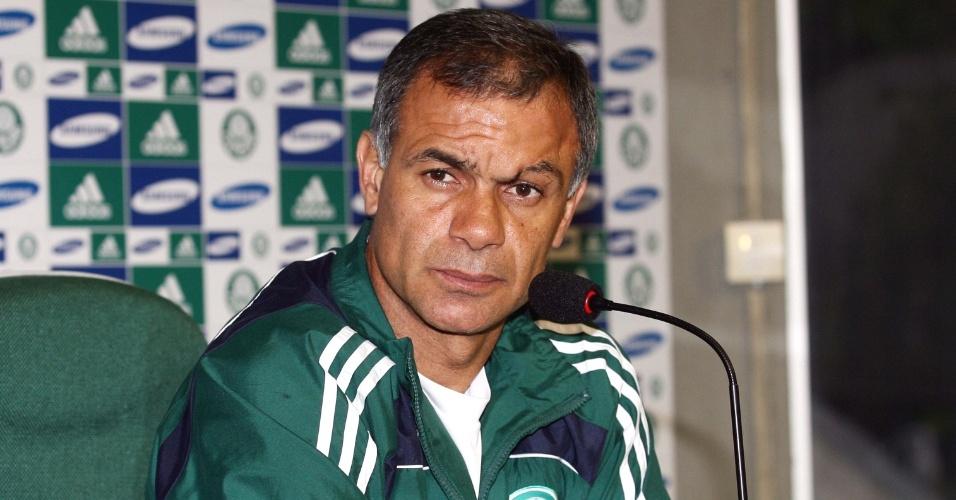 Jorginho deixa o cargo de auxiliar no Palmeiras para assumir o comando do Goiás