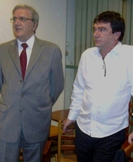 Luiz Gonzaga Belluzzo, presidente do Palmeiras, e Andrés Sanchez, presidente do Corinthians, em encontro no Palestra Itália