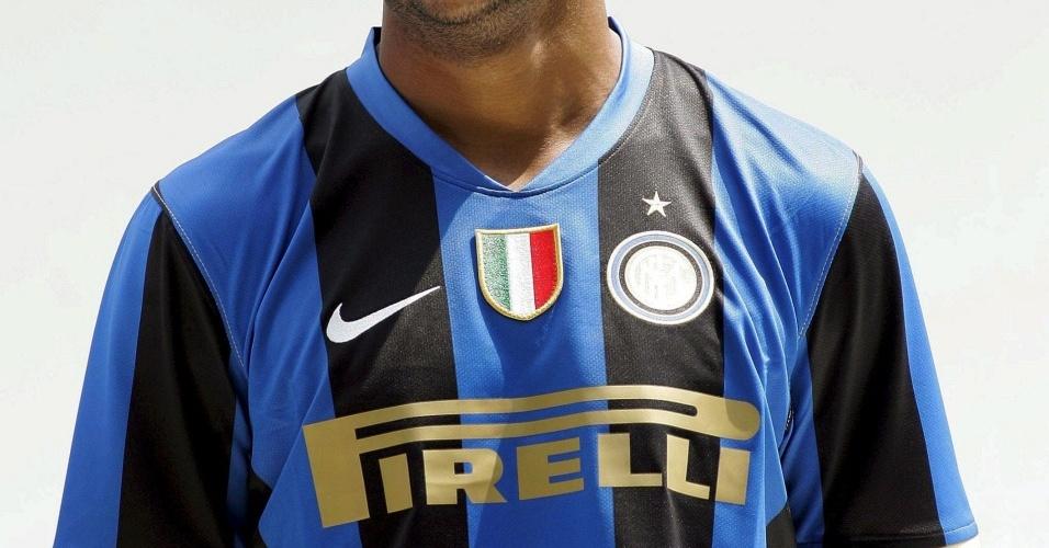 Brasileiro Mancini troca a Inter pelo Milan na Itália