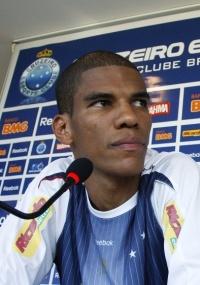 Leonardo Silva diz que Cruzeiro conseguiu impor o ritmo e vencer