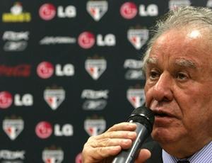 Juvenal Juvêncio mudou o discurso, apertou o cerco sobre Baresi e pode trocar de técnico em 2010