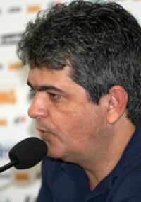Ney Franco reafirma que não se ilude com recordes
