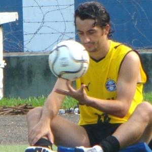 Modesto, Douglas não se vê responsável pela evolução do Grêmio