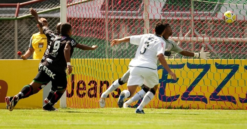 Felipe leva frango no empate entre Corinthians e Portuguesa