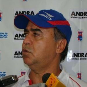 Marcelo Oliveira, ex-técnico do Paraná, venceu a disputa com outros dois candidatos ao cargo