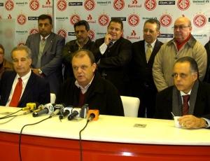 Vitório Piffero (c) e Fernando Carvalho (d) já asseguraram permanências de técnicos antes