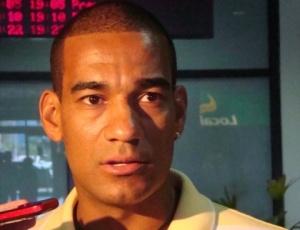 Rodrigo tem objetivo de conquistar títulos para fazer torcedor gremista esquecer de vez zagueiro Réver