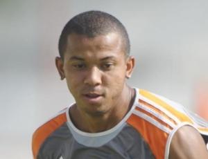Lateral-direito Mariano sabe que precisa estar bem para poder ajudar o Fluminense no Brasileirão