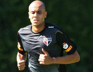 Alex Silva treina no São Paulo