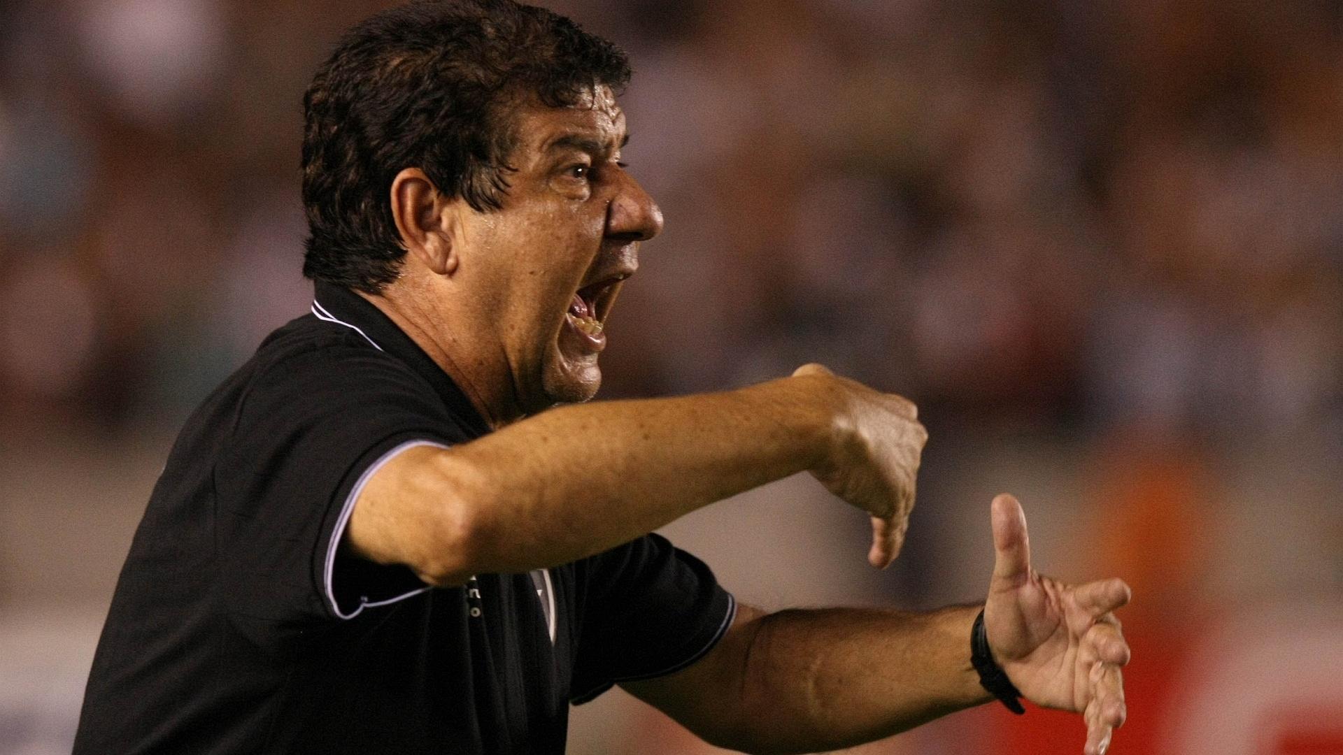 Joel Santana comanda o Botafogo na final da Taça Guanabara