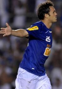 Kléber diz que estará em campo contra o Deportivo Itália, na 5ª feira