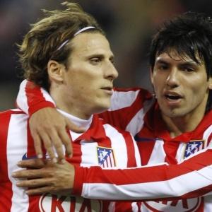 Diego Forlán e Kun Agüero tentam levar Atlético de Madri de volta para o caminho dos títulos