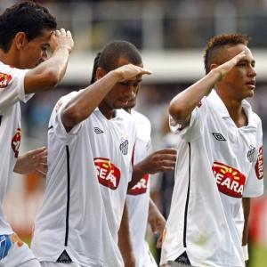Com a 7 de Robinho, Neymar comanda vitória do Santos contra o Corinthians na Vila