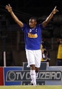 Eliandro acredita que jovens terão tranquilidade para jogar domingo
