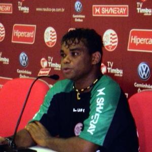 Carlinhos Bala foi dispensado pelo Náutico por problemas de indisciplina no início do mês de julho