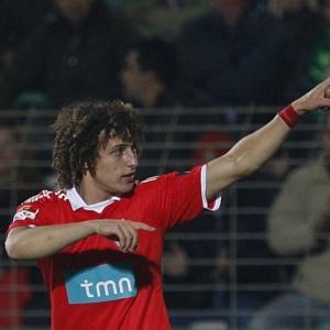 Zagueiro David Luiz interessa ao Real Madrid