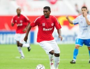K. Pereira não concentra e perde espaço no Inter