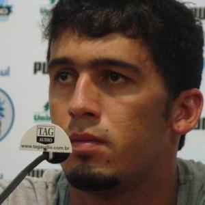 Edílson cobra atitude e postura do time do Grêmio