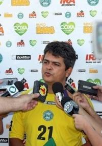 Ney Franco anuncia time reserva contra o Cascavel, domingo