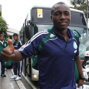 Colombiano Pablo Armero continua no Palmeiras