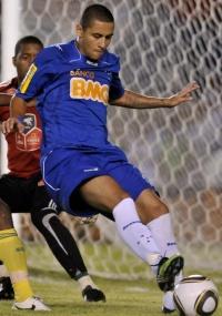 Wellington Paulista será punido pelo clube celeste por expulsão