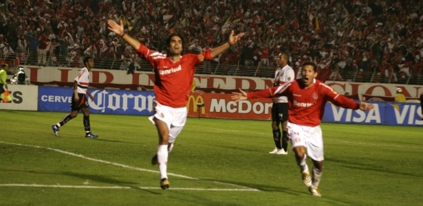 Título com gol de Fernandão em 2006 foi contra a equipe paulista no Beira-Rio