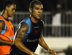 Volante Nilton acredita que o Vasco poderá ser uma grande surpresa neste Campeonato Brasileiro