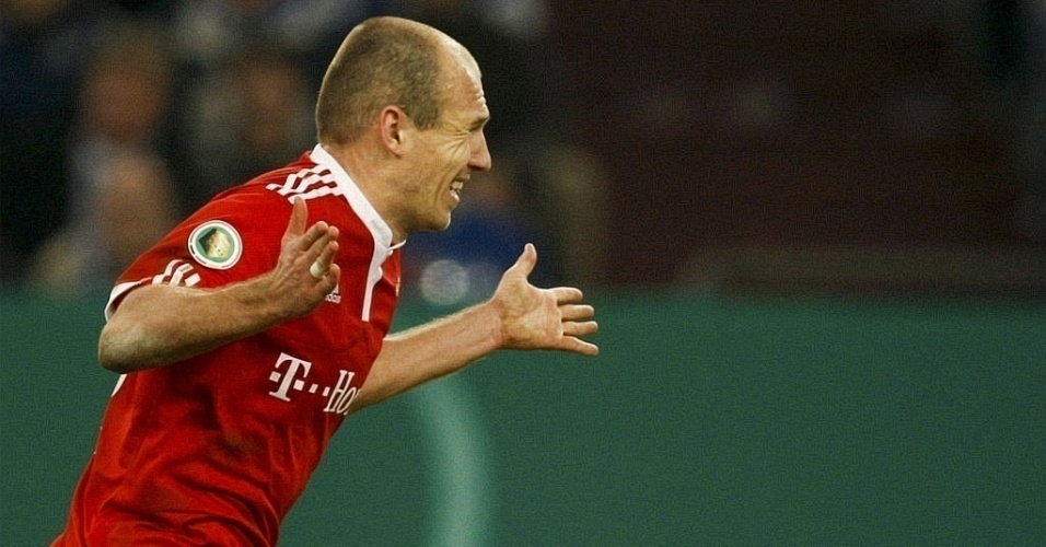 Robben fez o gol da vitória do Bayern sobre o Schlake 04 na Copa da Alemanha
