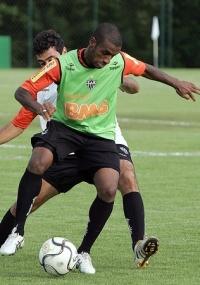 Muriqui durante treino do Atlético-MG