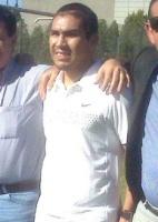 Salvador Cabañas, de shorts, é visitado por mebros da Associação Paraguaia de Futebol