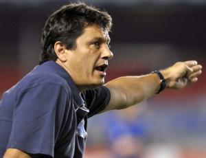 Adílson Batista admite que o time mineiro teve dificuldades para vencer o Botafogo no Mineirão