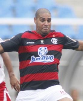 Adriano durante o jogo do Flamengo contra o América-RJ pela Taça Rio