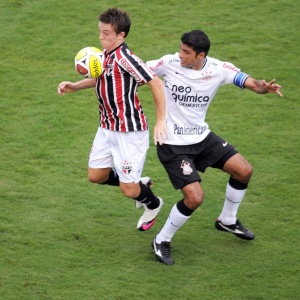 São Paulo não vence o Corinthians desde fevereiro de 2007; neste ano, derrota no Pacaembu por 4 a 3
