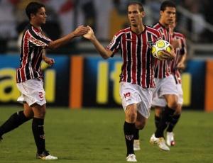 Em 21 jogos com a camisa 18 tricolor, Rodrigo Souto anotou três gols e virou titular absoluto