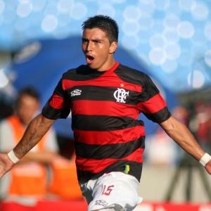 O Boca não conseguiu uma apólice de seguro e Fierro voltará ao Flamengo