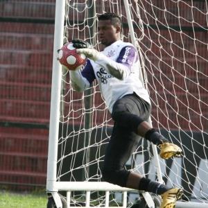 Com o Brasileiro como prioridade, Felipe citou o São Paulo para evitar transferências no Corinthians