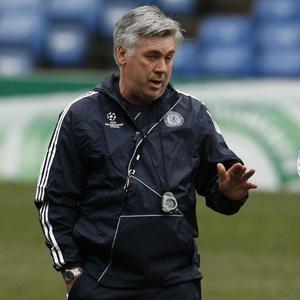 Carlo Ancelotti queria ter o meia Kaká no Chelsea