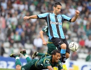 Autor dos dois gols da vitória do Grêmio sobre o Juventude, Jonas prevê jogo difícil contra o Pelotas