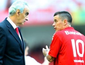 Cena habitual nos jogos do Inter, da conversa entre Fossati e D'Ale não acontecerá no Rio
