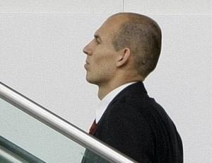 Recuperado de lesão na panturrilha, Robben disse estar em condições de enfrentar Manchester United